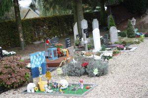 Het deel van het kerkhof, waar de kindergraven zijn gesitueerd.